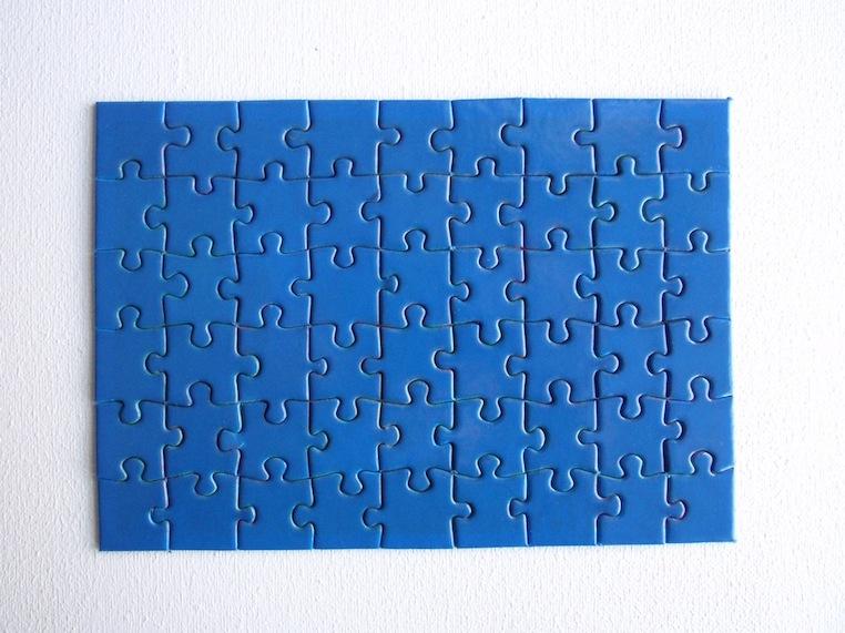 Eric Rutten Puzzle monochrome bleu