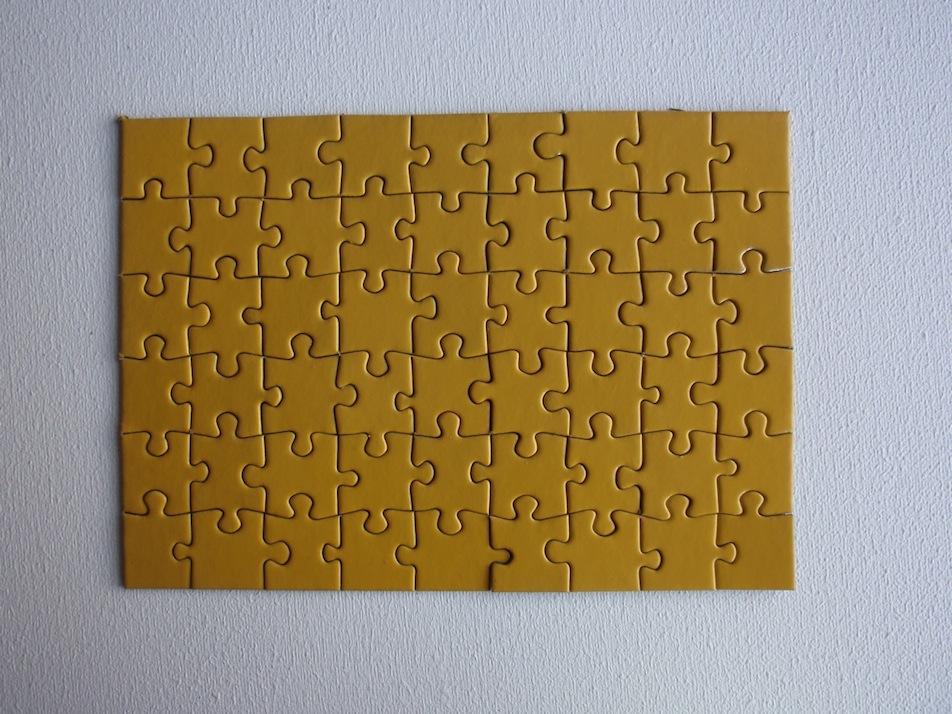 Puzzle monochrome jaune